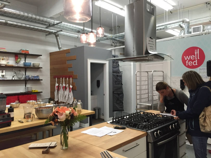 How gorgeous is this little cooking studio??  I mean seriously?